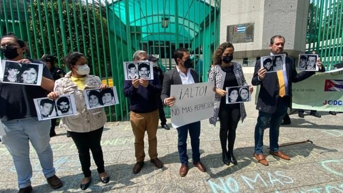 Reportan enfrentamiento en la Embajada de Cuba
