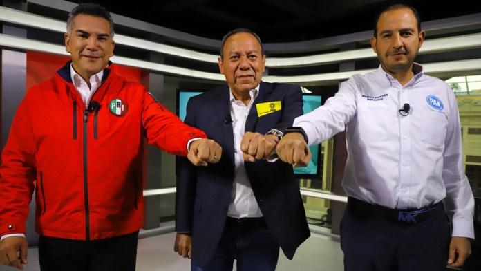 Entregan denuncia opositores ante la OEA