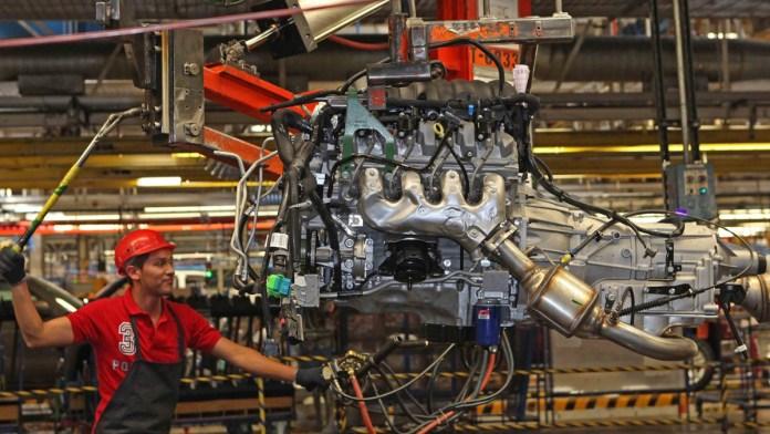 Se acelera fabricación de autopartes mexicanas