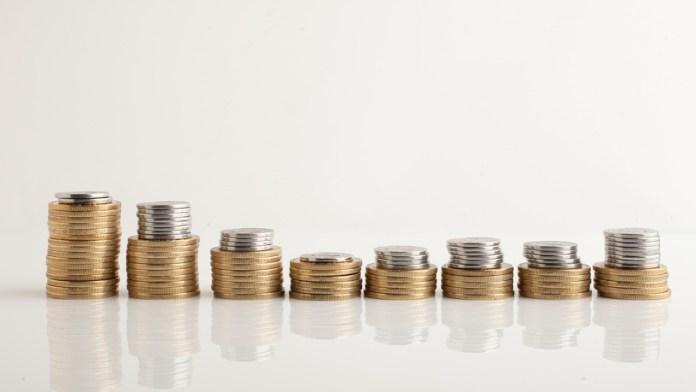 Autorizan aumento de salario a burócratas