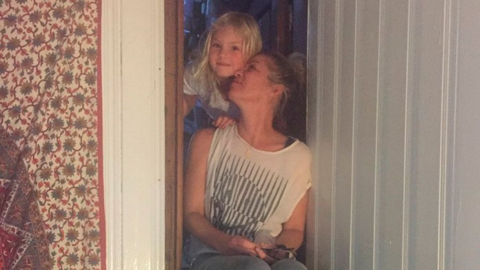Padece Christina Applegate esclerosis múltiple