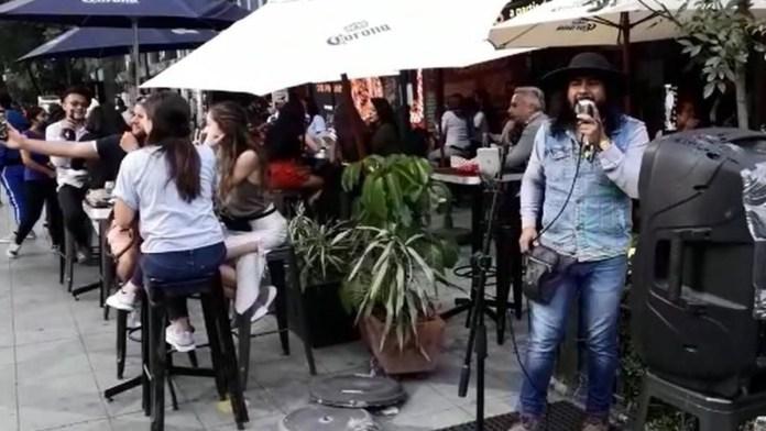 Anuncian reapertura de antros y bares en CDMX