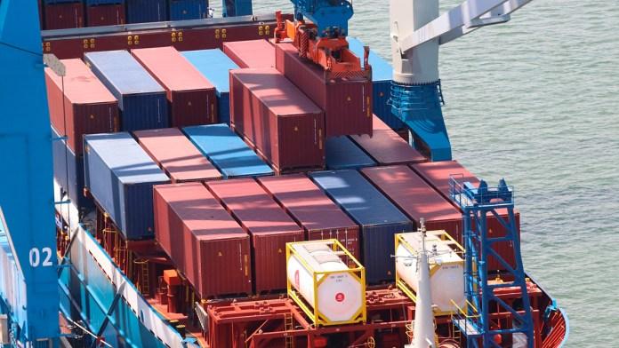 Manga ancha a la Armada para operar mares, puertos y aduanas