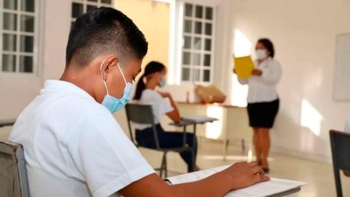 Destacan balance favorable en las aulas salud
