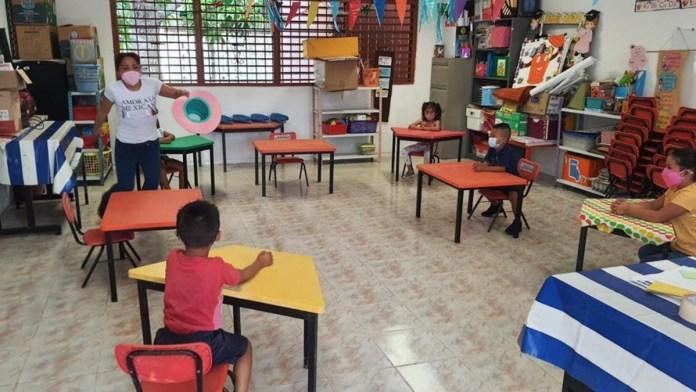Van 38 casos Covid en escuelas de Quintana Roo