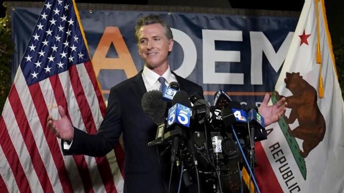 'Hunde' California a los republicanos