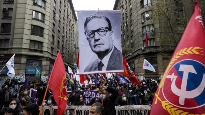Recordaron en Chile golpe contra Allende