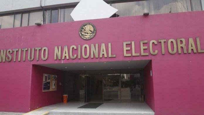 Halla contraloría del INE irregularidades en obras