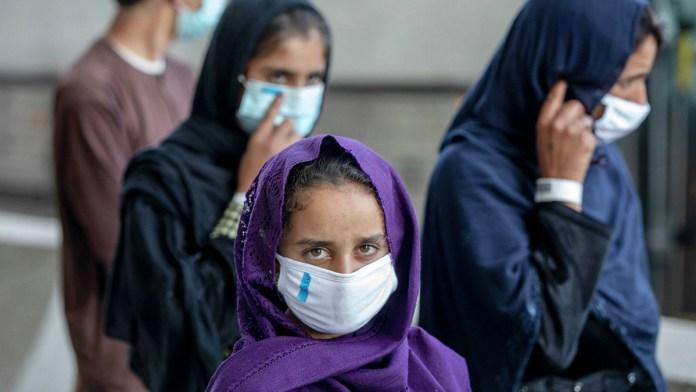 Acusa UNESCO violación de derechos de mujeres en Afganistán