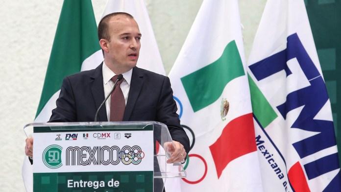 Vinculan a proceso por peculado a titular de la Federación Mexicana de Natación