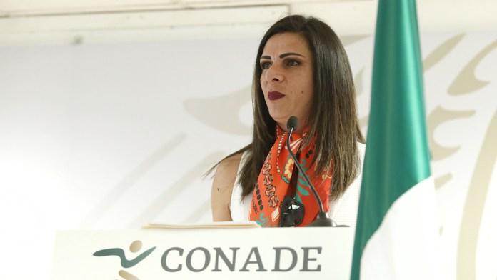 Explica Ana Guevara reducción en becas