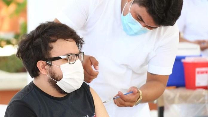 Retoman vacunación anti Covid en Cancún