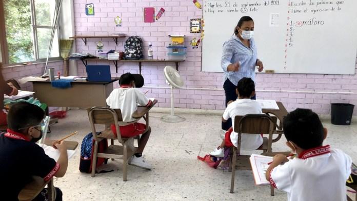 Retorna 42% a las escuelas