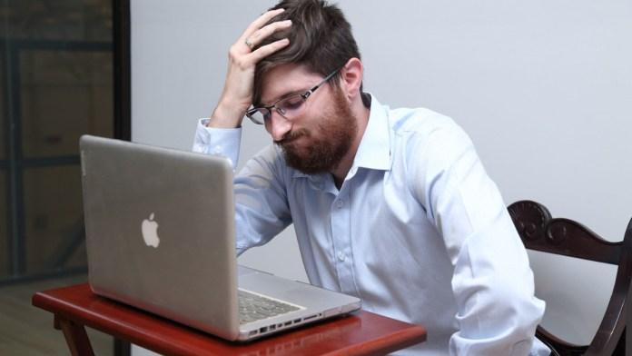 Sufren estrés laboral 6 de cada 10 profesionistas