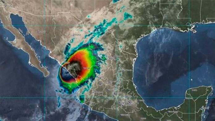 Toca tierra el huracán 'Pamela' en Sinaloa