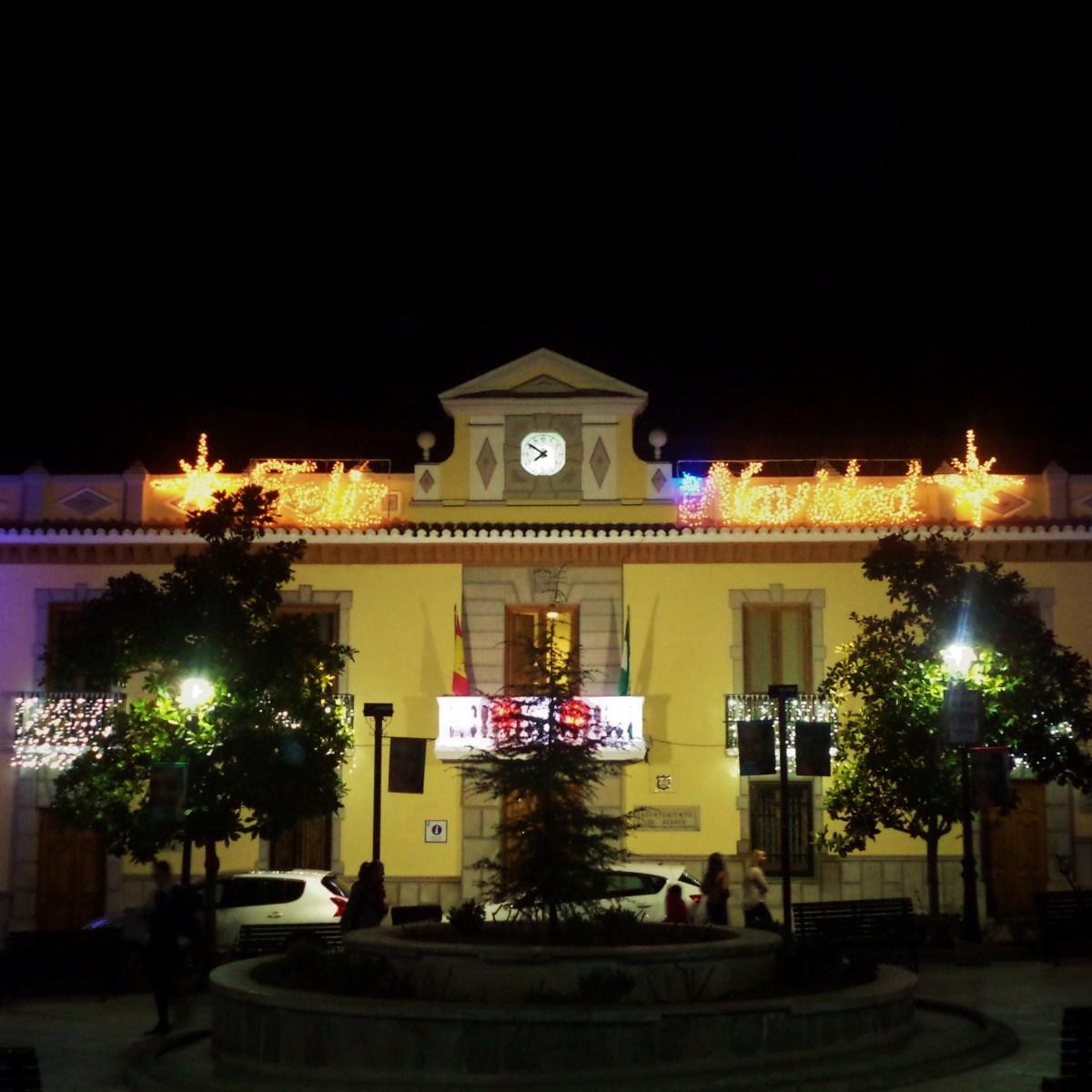 Plaza de Espaa Ayuntamiento de Atarfe  Luces de