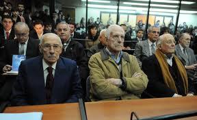 Argentina: Condena a genocidas por el robo de bebés durante la dictadura – Una sentencia histórica