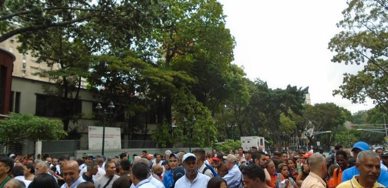 [+Fotos] Trabajadores se movilizan en Caracas por mejores salarios y contra la vulneración de sus derechos y conquistas