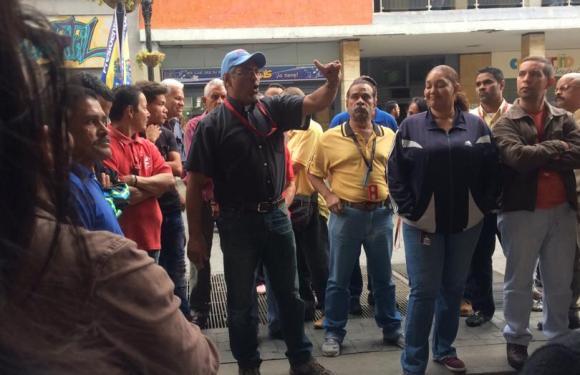 Protesta de Trabajadores en FOGADE