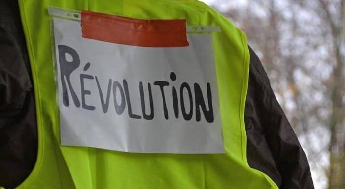 Macron al límite: ¡Preparemos una huelga general!