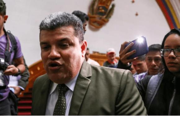 Notas sobre la decadencia de la política venezolana: A propósito de los sucesos del 5E