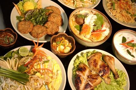 Conhece a comida tailandesa  Luciana Barbo