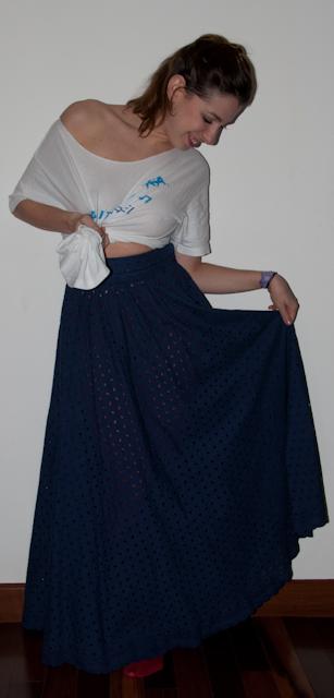 Look do dia: como usar saia longa de laise com meia-calça e anabela Santa Lolla. Blog de moda
