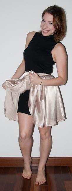 como usar vestido como blusa, como usar saia rodada de cintura alta de cetim. Le Lis Blanc e American Apparel no look do dia