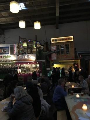 interior do Copenhagen street food