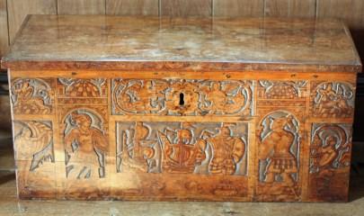 Italian chest