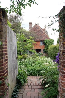 sissinghurst door
