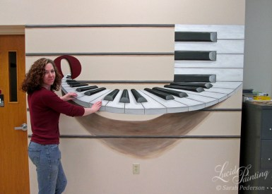 Playing the trompe l'oeil piano