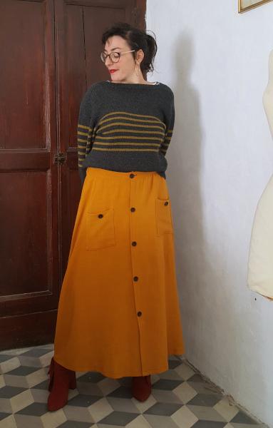jupe longue moutarde boutonnage devant et poches plaquées