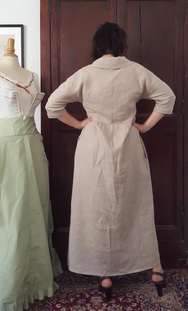 dos de la robe Sofia en lin