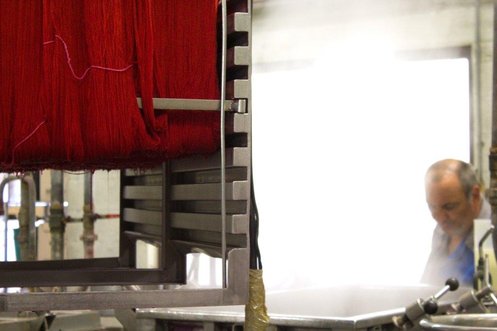 "teinture 2 1024x683 - Fonty : la filature ""Made in Creuse"""