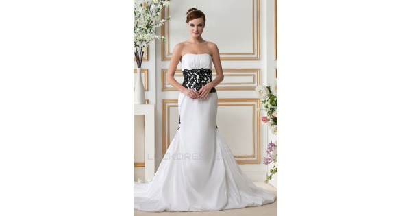 Trumpet/Mermaid Strapless Court Train Black White Wedding