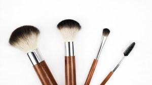 ニキビ肌に効果的な洗顔料の選び方とコツ【薬局の市販品、コスメ】