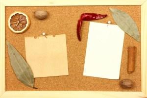 寄せ書きコルクボードで先輩の卒業、部活引退を祝う【手作りデザイン・おすすめ人気】