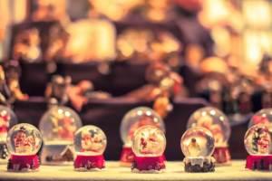 手作りスノードームの作り方【おすすめ人気の中身や素材・写真や人形】