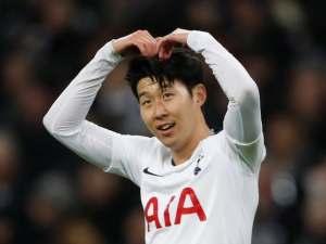 Dua Gol Telat Menangkan Tottenham Hotspur