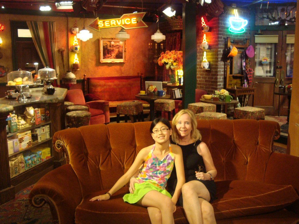 Baby Bug and GG Bug on Friends set Warner Bros. studio tour