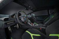 Lamborghini-Huracan-Performante-3-696x465