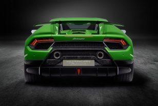 Lamborghini-Huracan-Performante-5-696x467