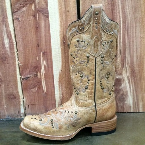 Corral Antique Saddle with Studs Boot R1348