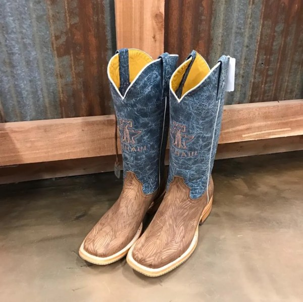 Tin Haul Women's Don't Ruffle My Feathers Boots With Angel Wing Sole 1341 BR