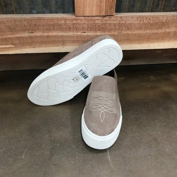 Women's Ariat Sand Unbridled Ace Suede Shoe 10022993