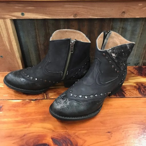 Circle G by Corral Ladies Black Studded Bootie Q5052