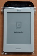 Kobo Touch in Ortlieb Doku-Bag A6