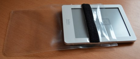 Kobo Glo in Ortlieb Doku-Bag A6