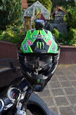 Helme (2)